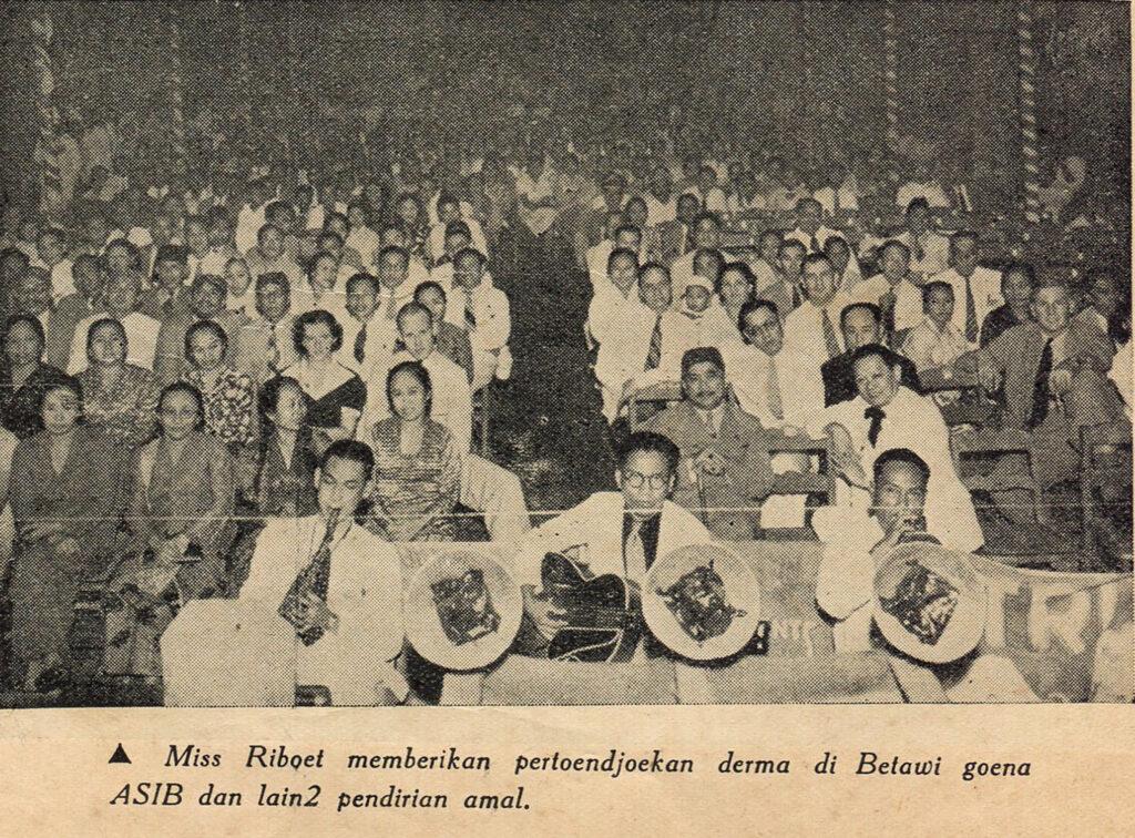 Publiek van Miss Riboet